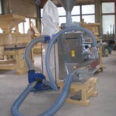 hulling machine with conveyer1